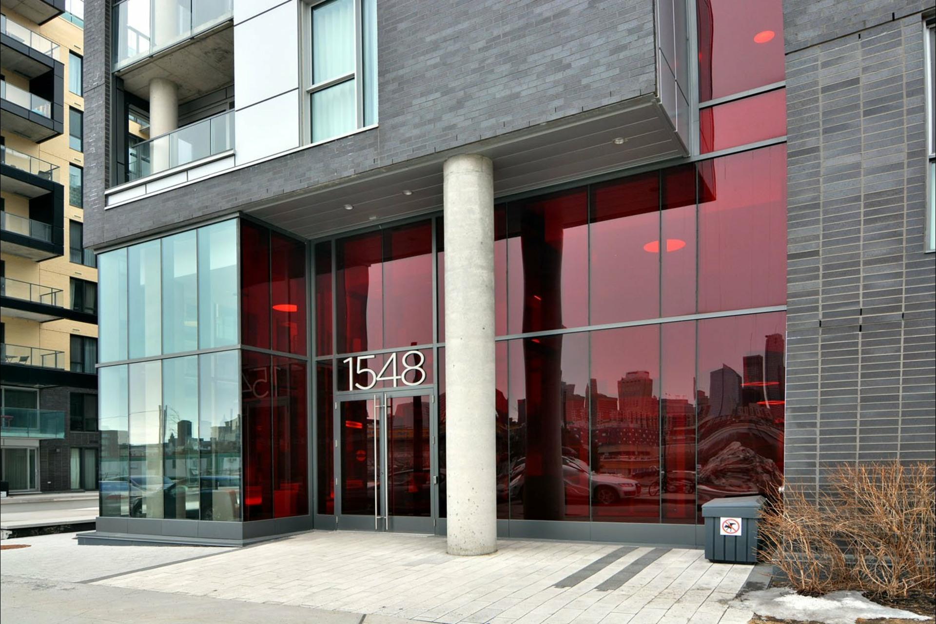 image 2 - Appartement À vendre Montréal Le Sud-Ouest  - 8 pièces