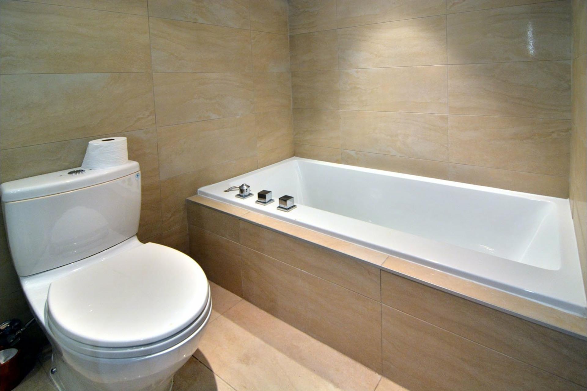 image 12 - Appartement À vendre Montréal Le Sud-Ouest  - 8 pièces