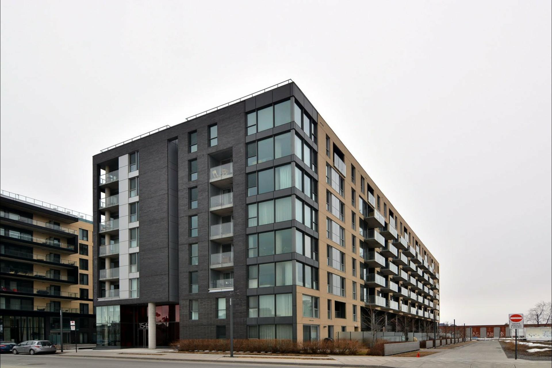 image 1 - Appartement À vendre Montréal Le Sud-Ouest  - 8 pièces