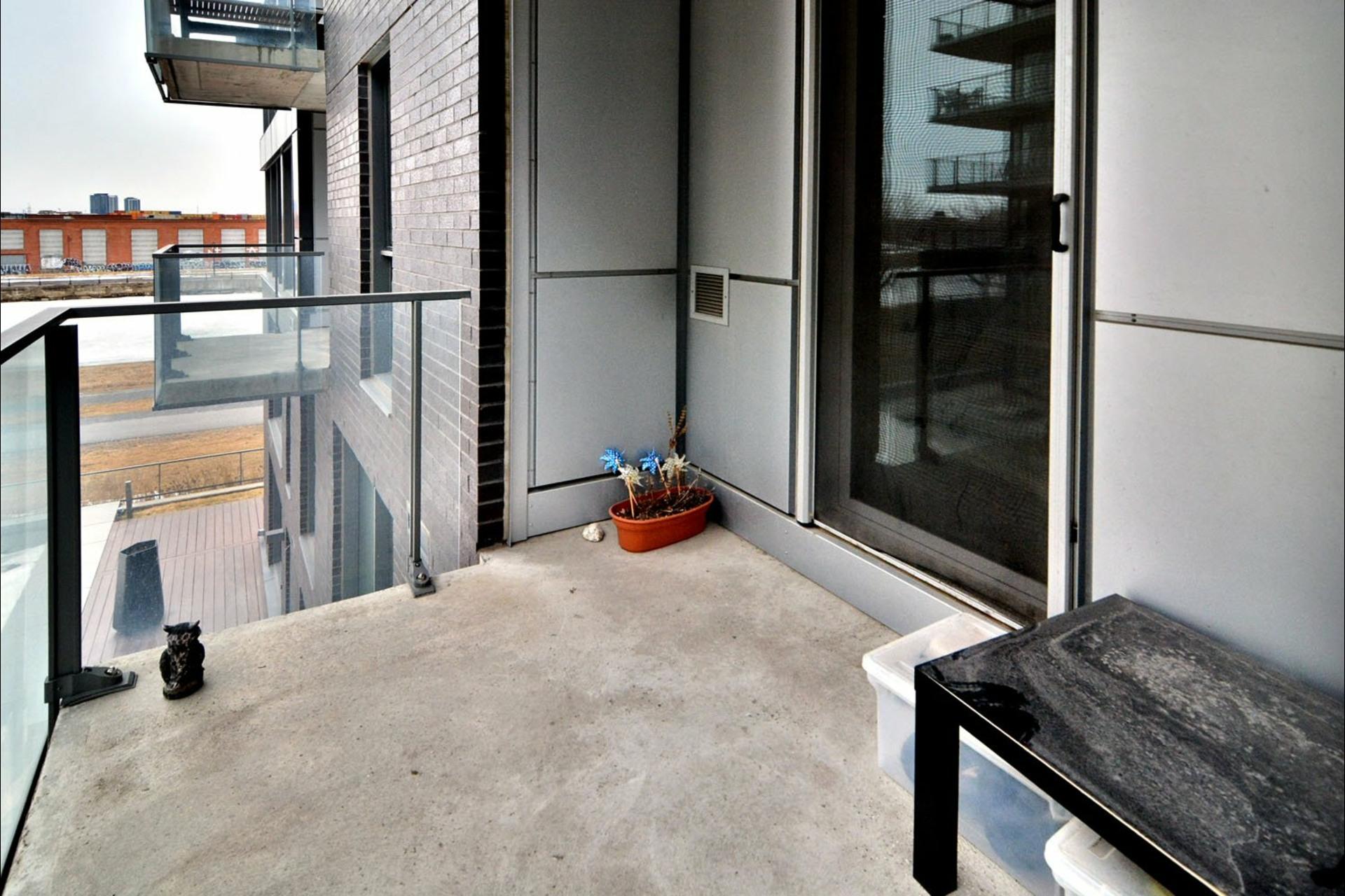 image 16 - Appartement À vendre Montréal Le Sud-Ouest  - 8 pièces