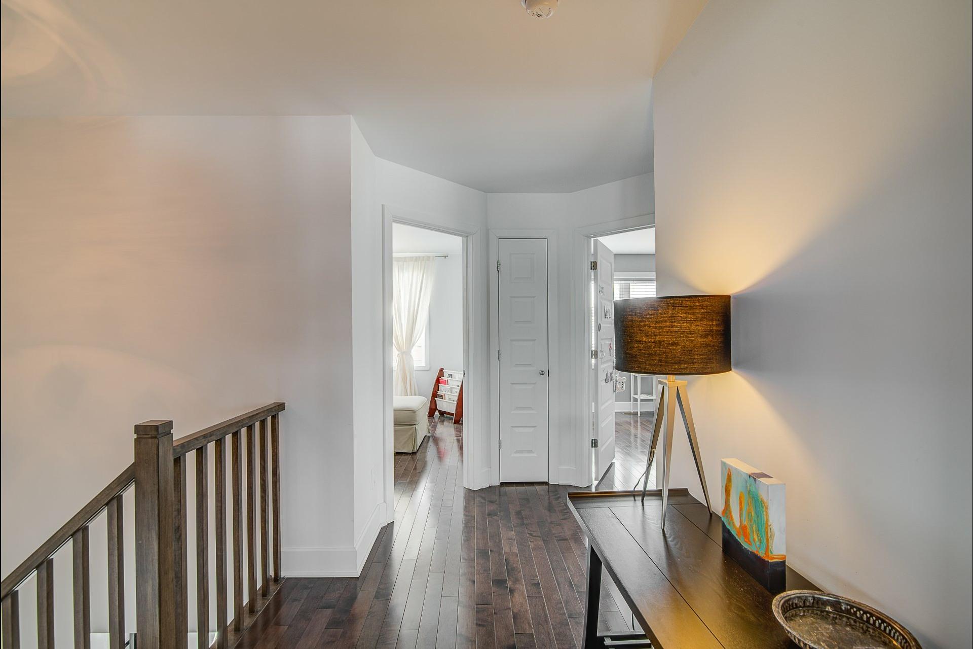 image 39 - Maison À vendre Laval Sainte-Rose  - 12 pièces
