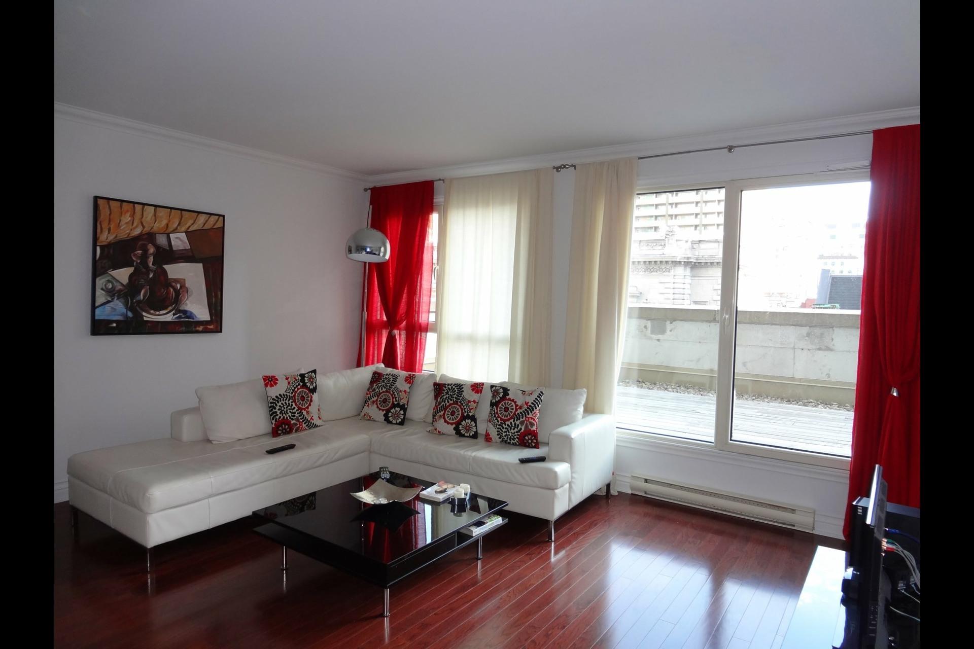 image 1 - Appartement À louer Montréal Ville-Marie  - 5 pièces