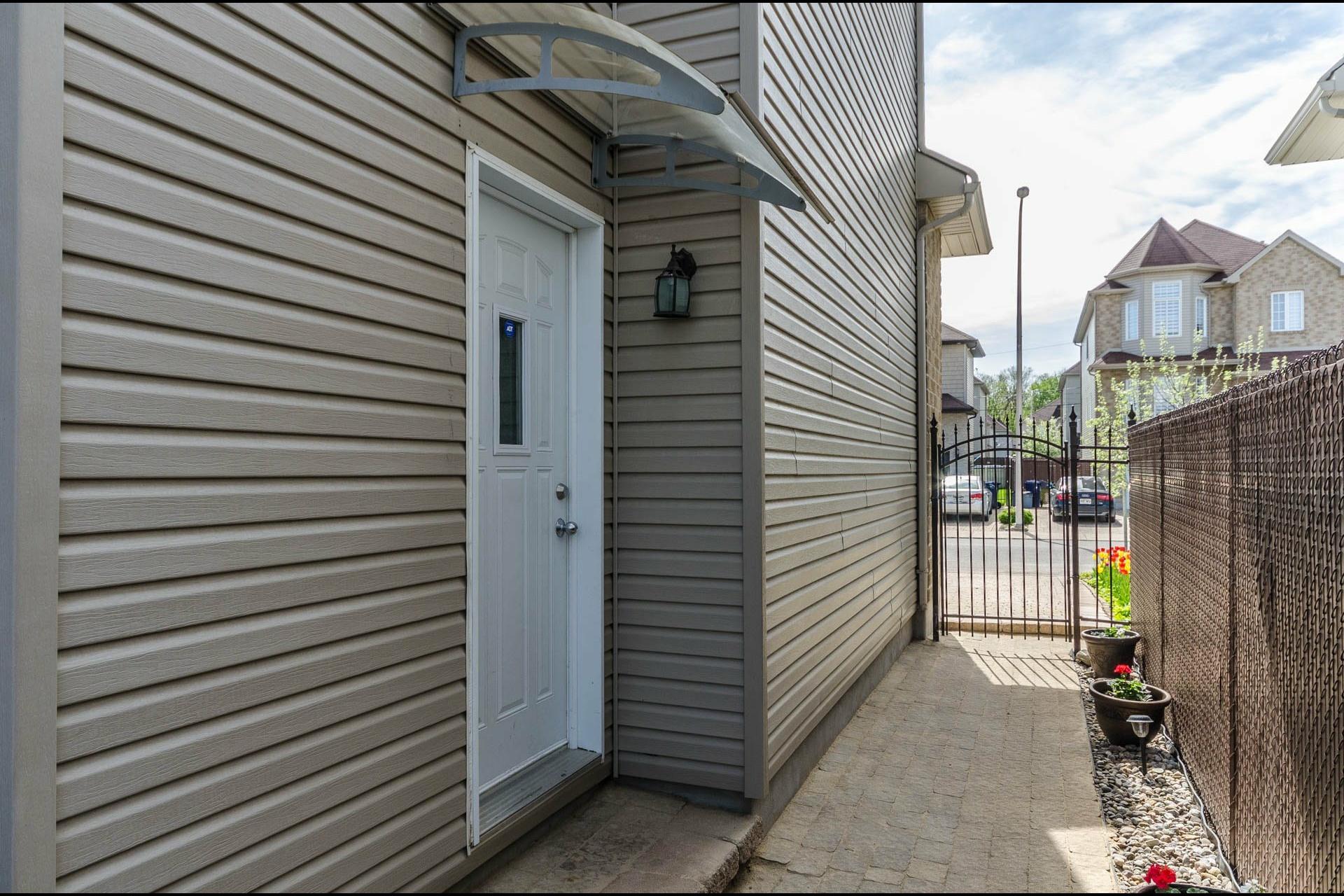 image 36 - Maison À vendre Laval Fabreville  - 15 pièces