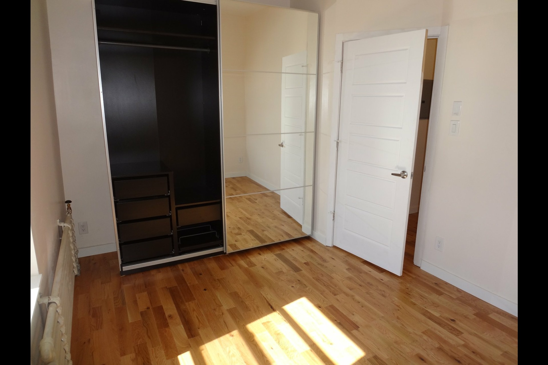 image 5 - Apartment For rent Westmount - 4 rooms