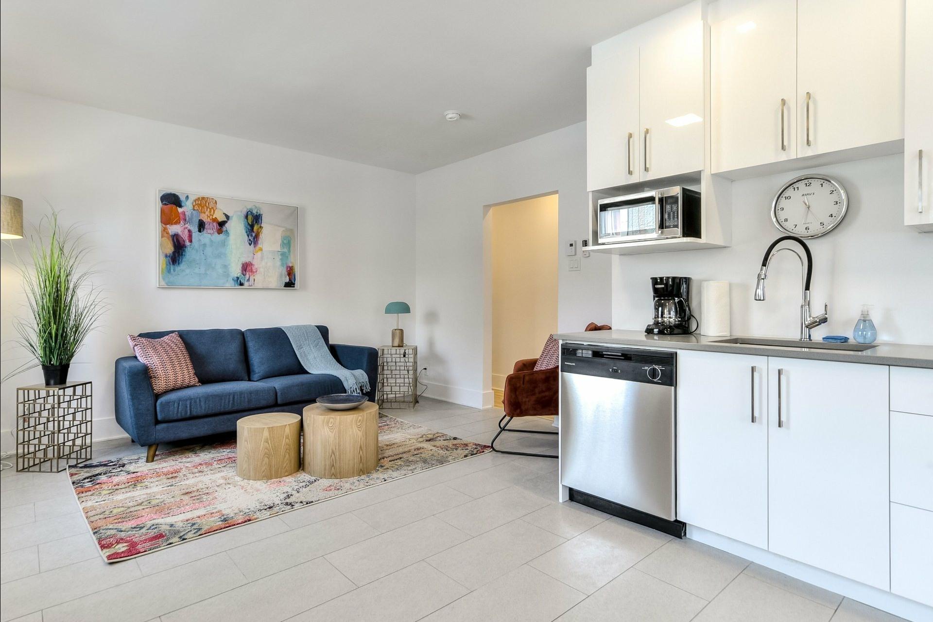 image 10 - Immeuble à revenus À vendre Montréal Villeray/Saint-Michel/Parc-Extension  - 3 pièces