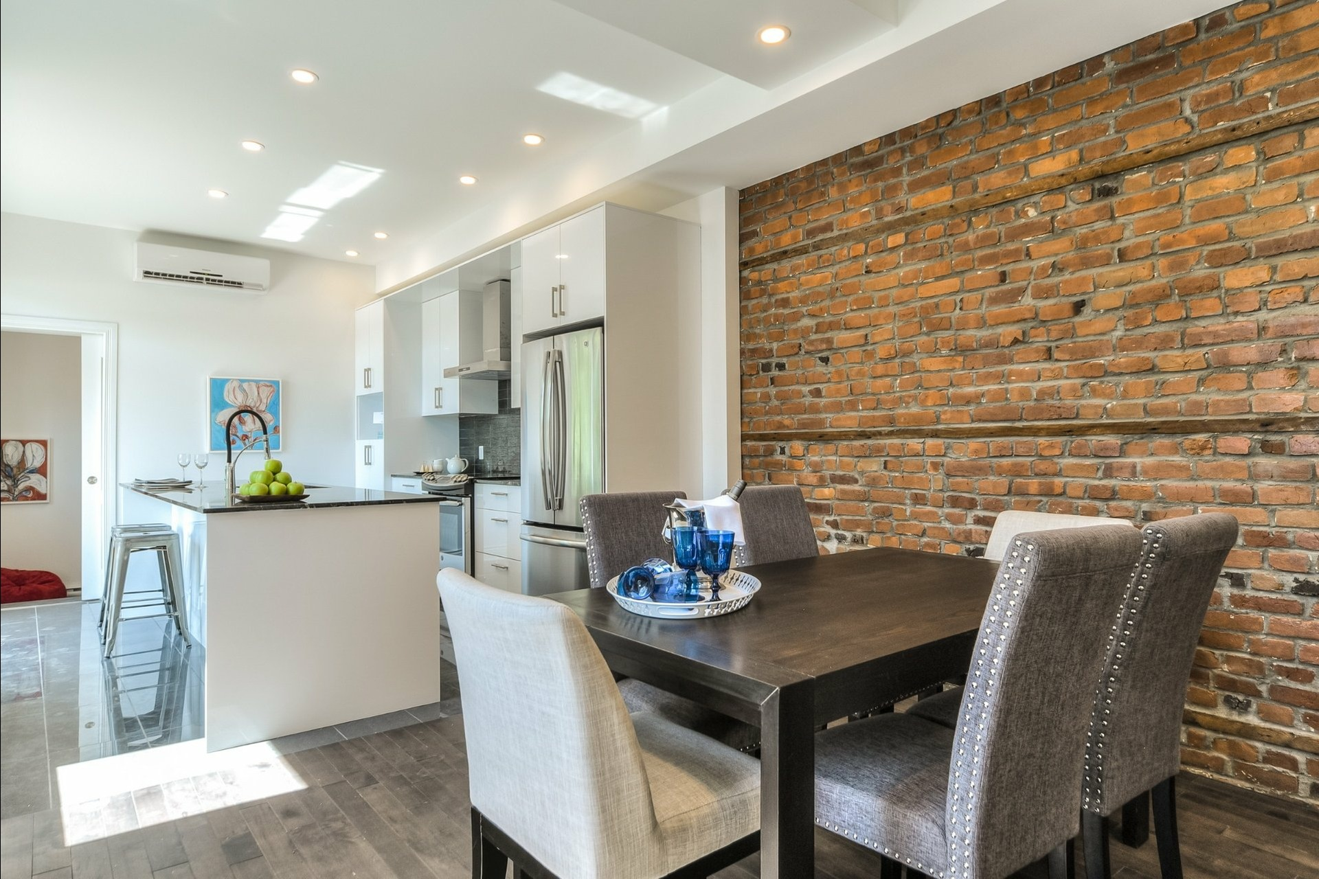 image 11 - Appartement À louer Montréal Le Plateau-Mont-Royal  - 7 pièces
