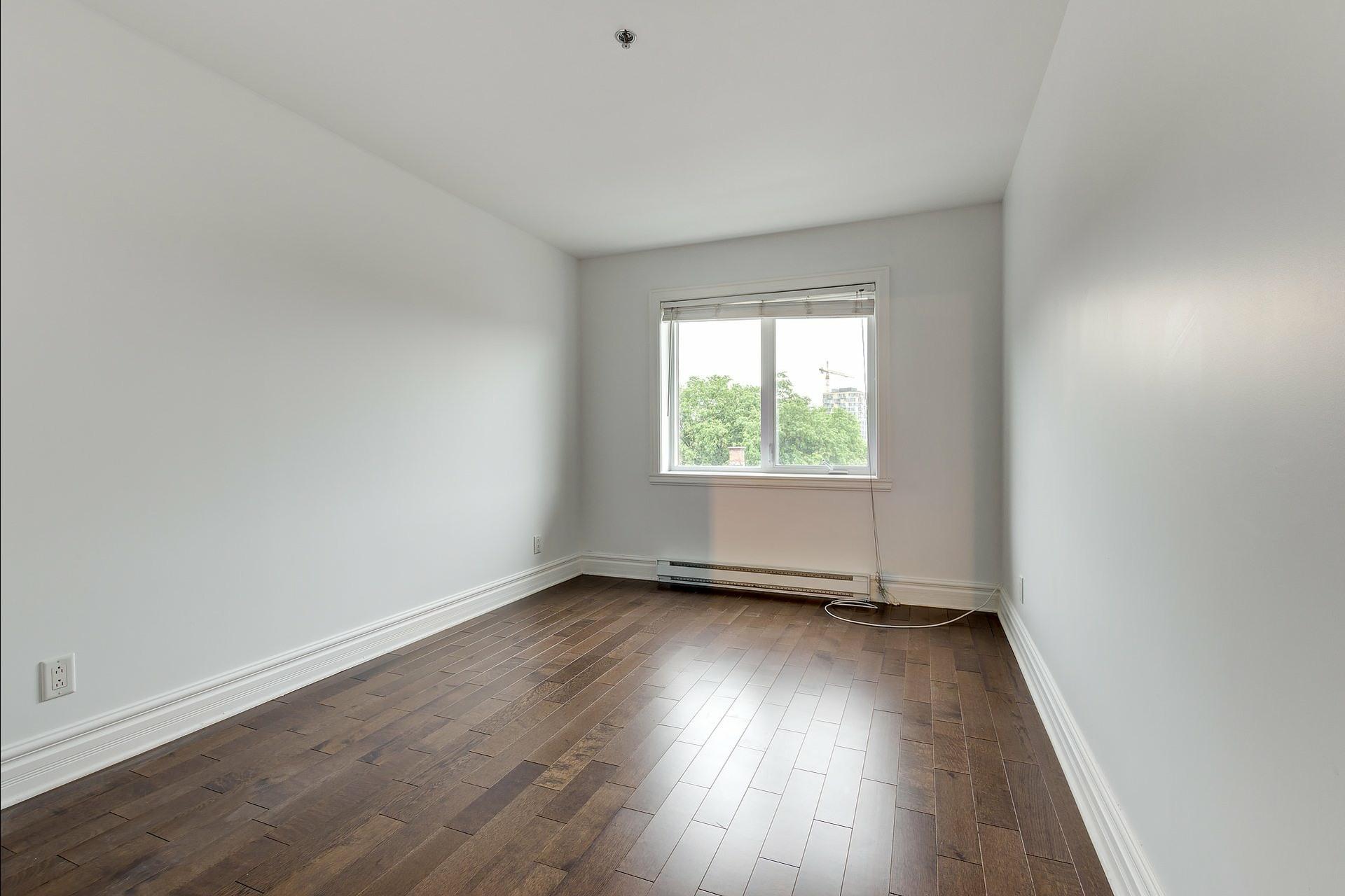 image 15 - Appartement À vendre Montréal Ville-Marie  - 4 pièces