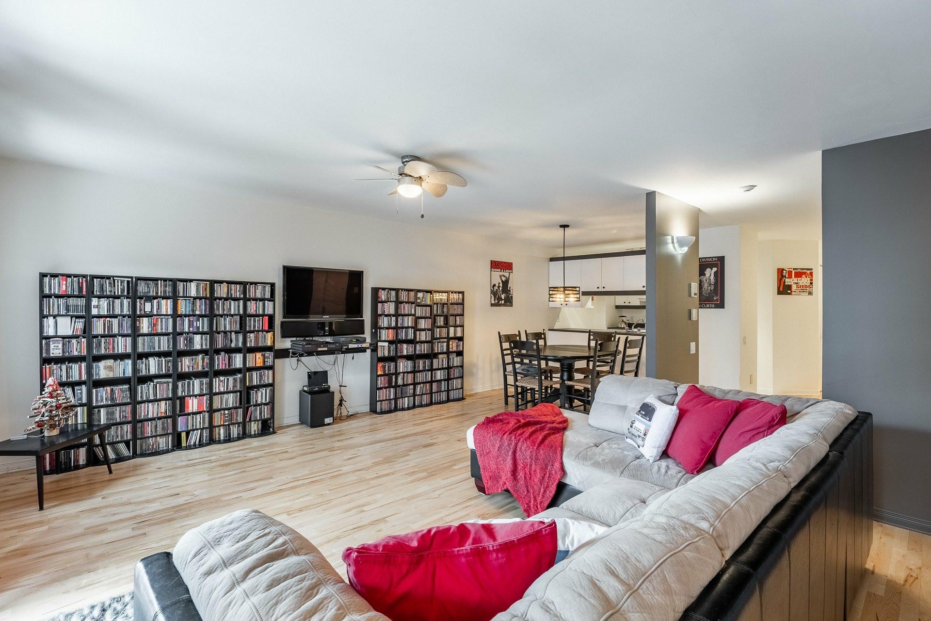 image 3 - Appartement À vendre Montréal Le Plateau-Mont-Royal  - 6 pièces