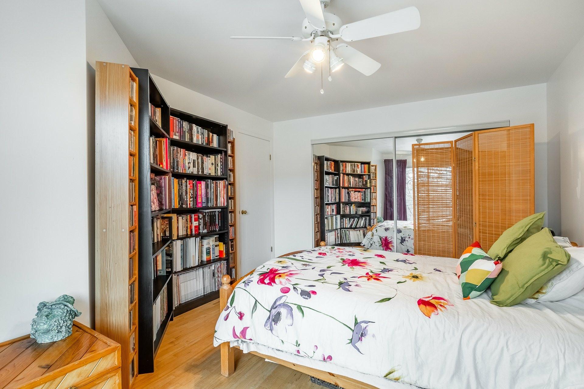 image 11 - Appartement À vendre Montréal Le Plateau-Mont-Royal  - 6 pièces