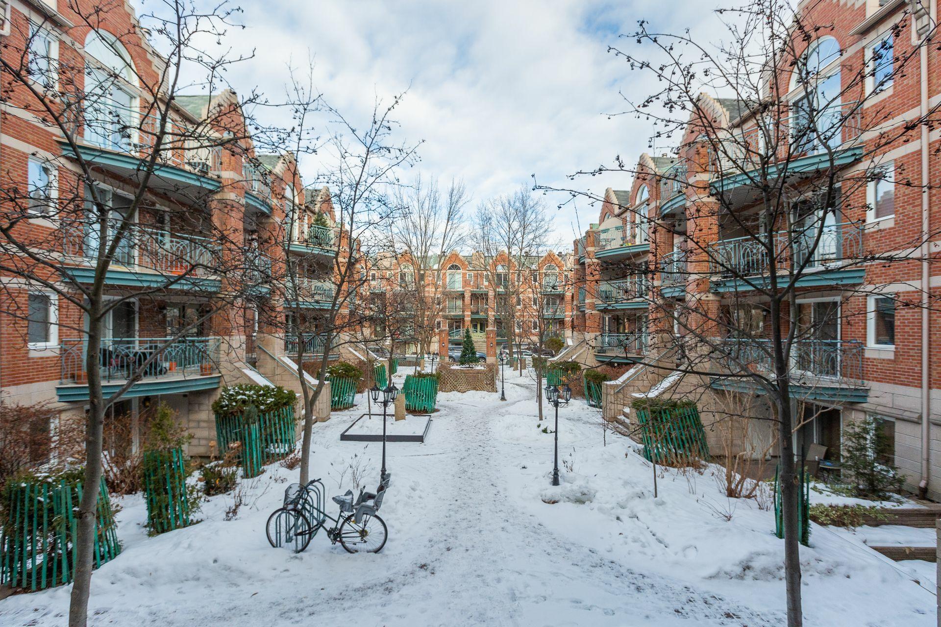 image 24 - Appartement À vendre Montréal Le Plateau-Mont-Royal  - 6 pièces