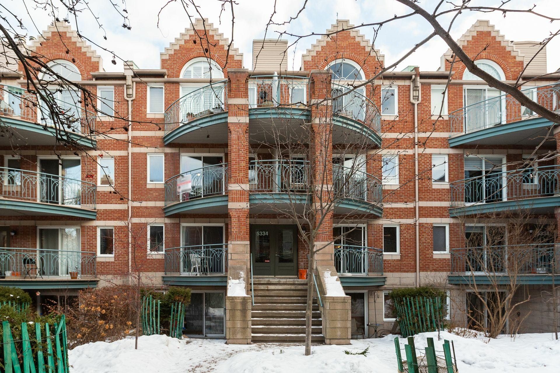 image 22 - Appartement À vendre Montréal Le Plateau-Mont-Royal  - 6 pièces