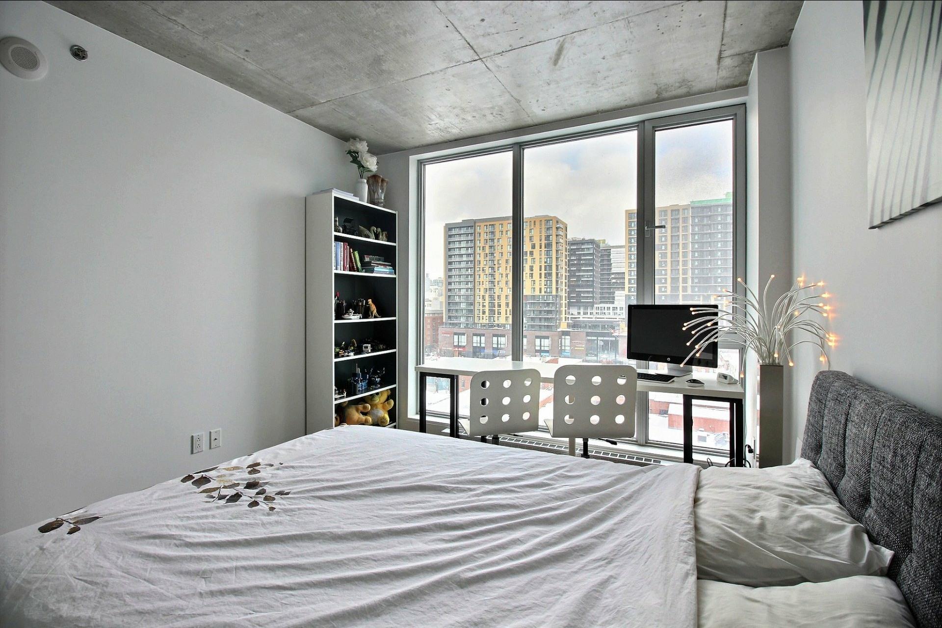 image 14 - Appartement À louer Montréal Le Sud-Ouest  - 6 pièces