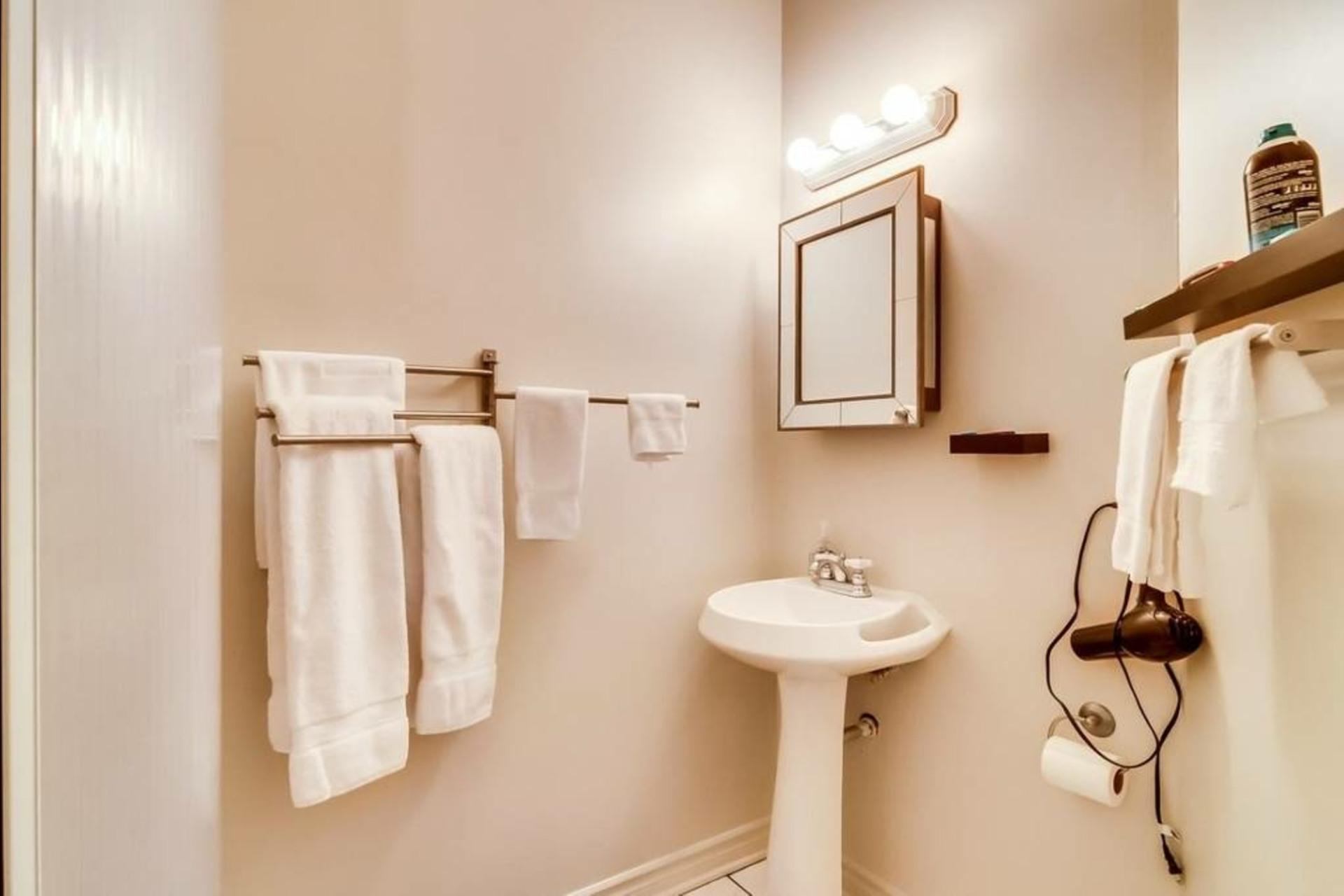 image 4 - Waterfront Short rental Gatineau District des Riverains - 1 room