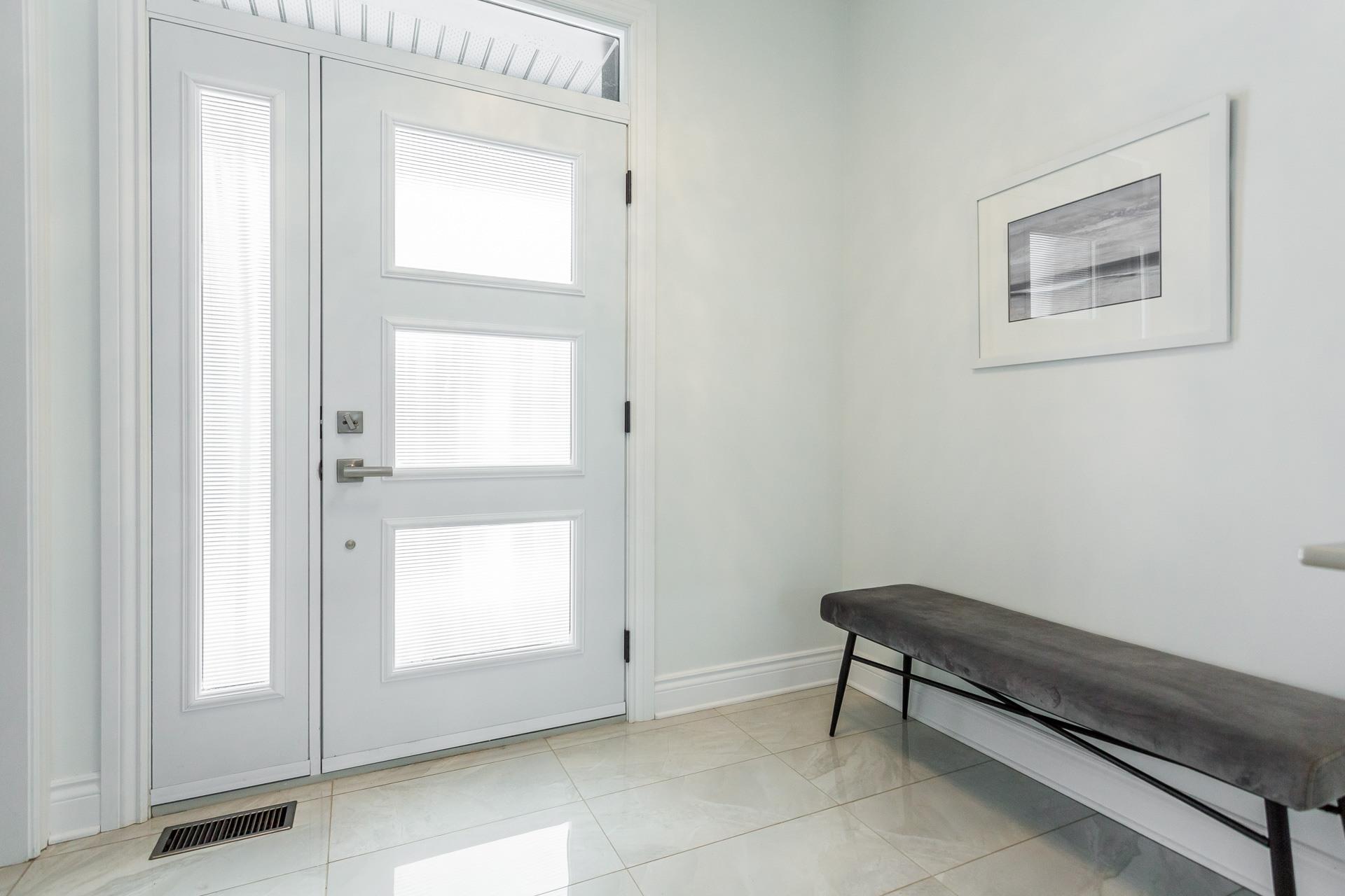 image 2 - Maison À vendre Laval Duvernay - 1 pièce