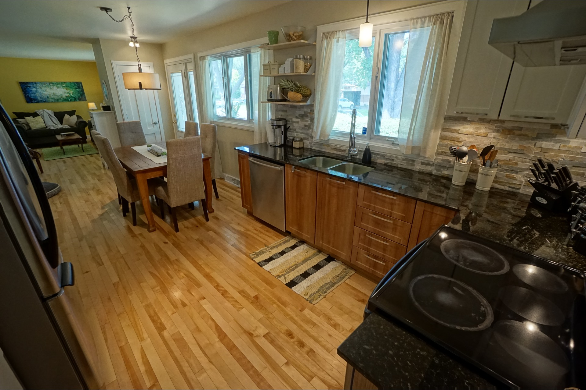 image 2 - Bungalow - For sale - Repentigny   - 11 rooms