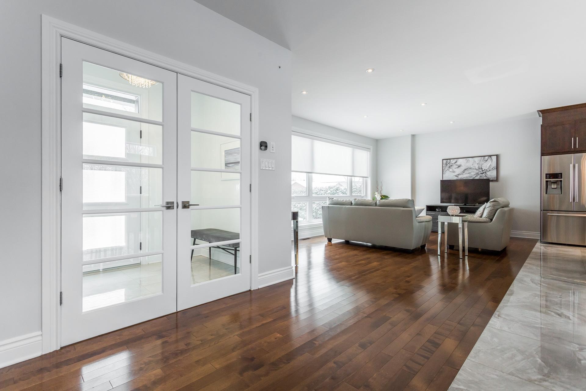image 6 - Maison À vendre Laval Duvernay - 1 pièce