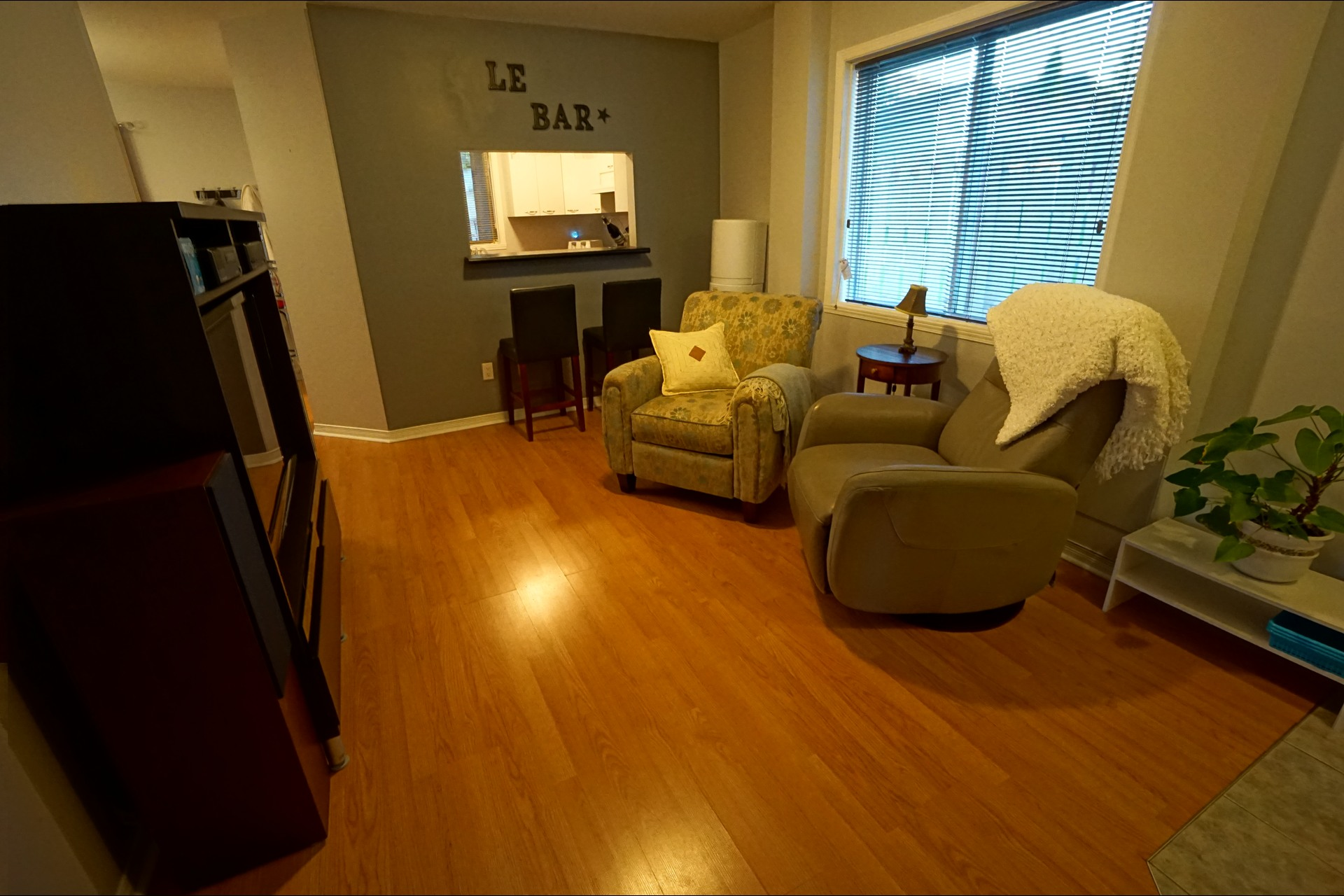 image 9 - Bungalow - For sale - Laval   - 11 rooms