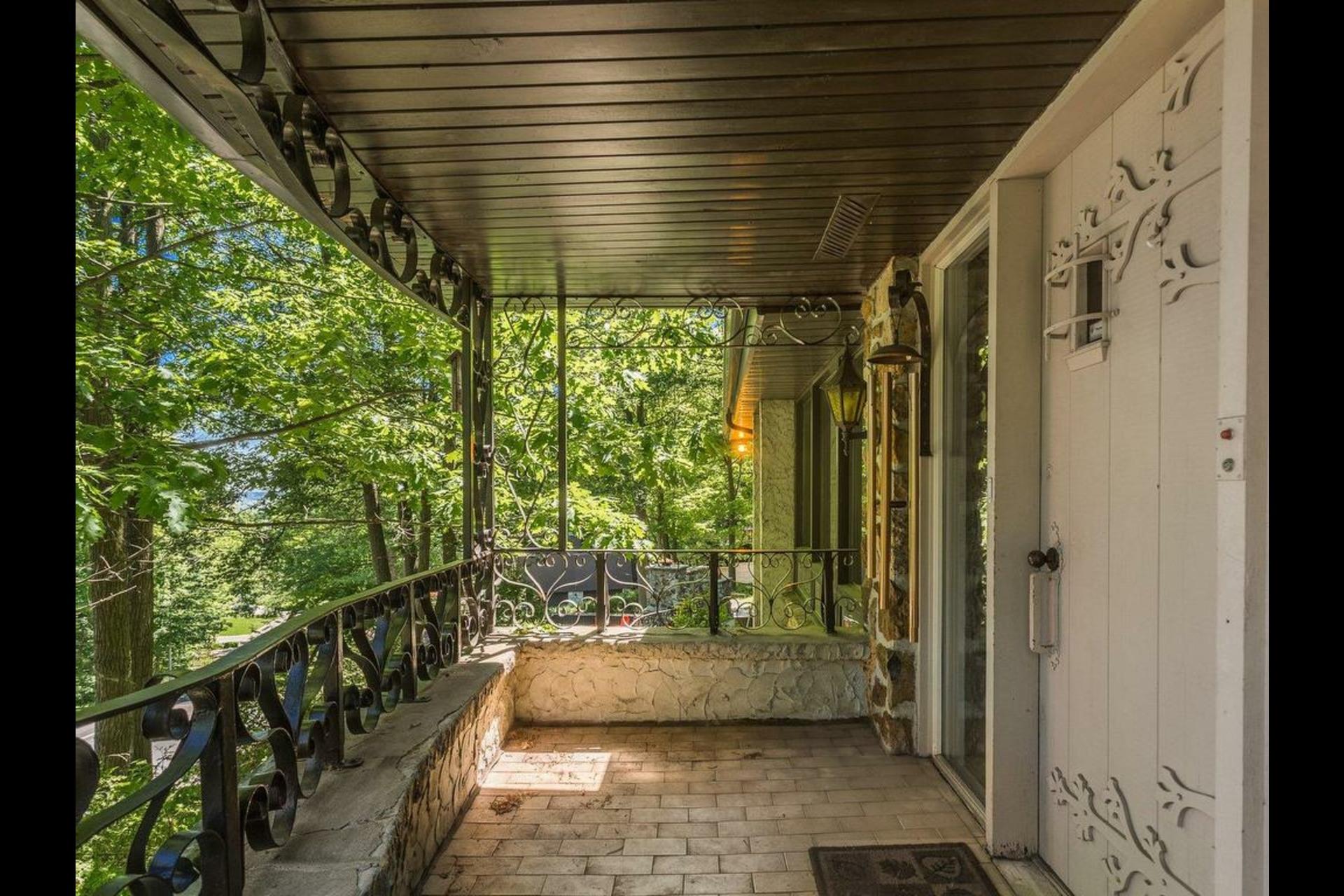 image 4 - Maison - À vendre - Saint-Bruno-de-Montarville   - 19 pièces