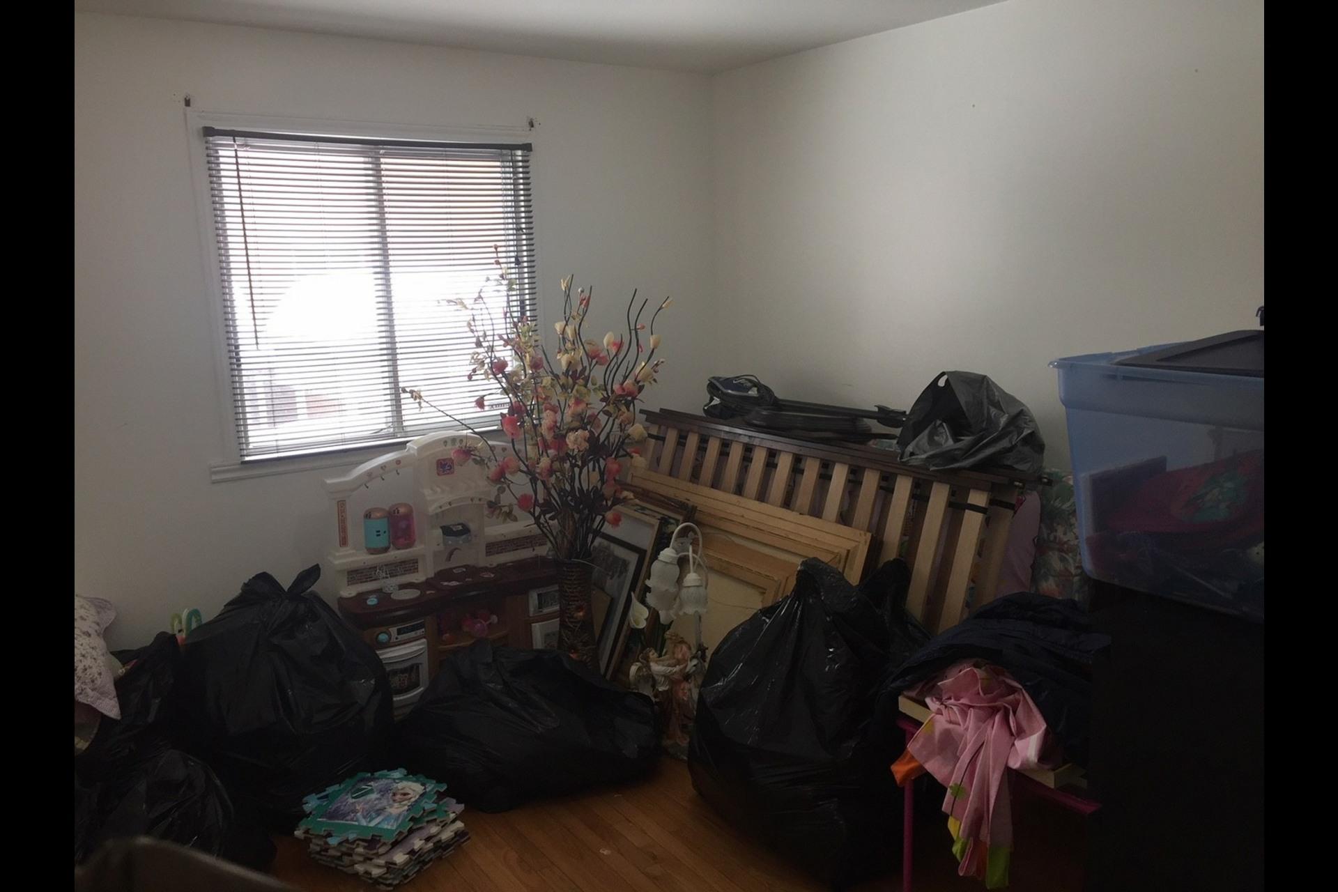 image 7 - Appartement À louer Montréal Montréal-Nord - 5 pièces