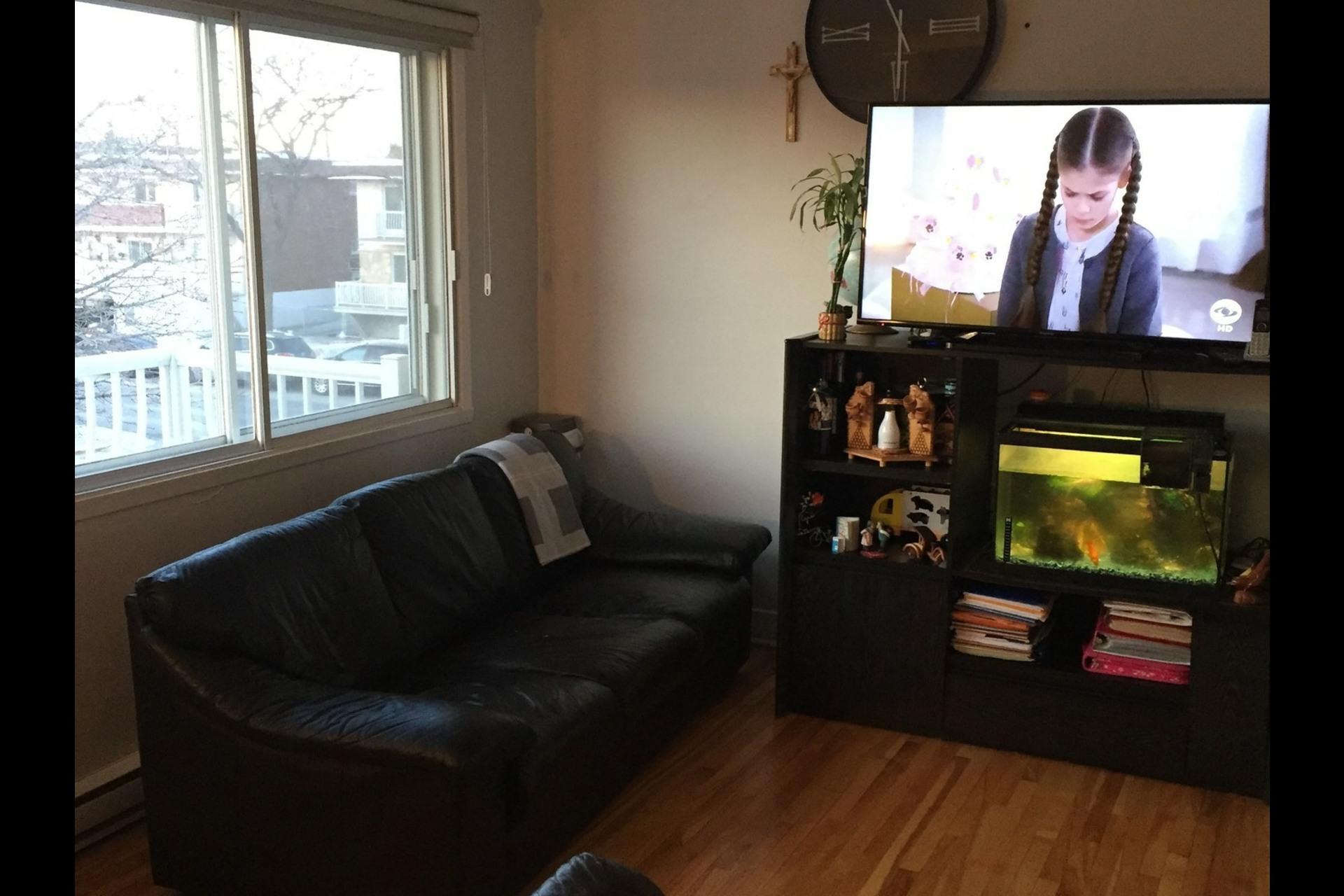 image 5 - Appartement À louer Montréal Rosemont - 4 pièces