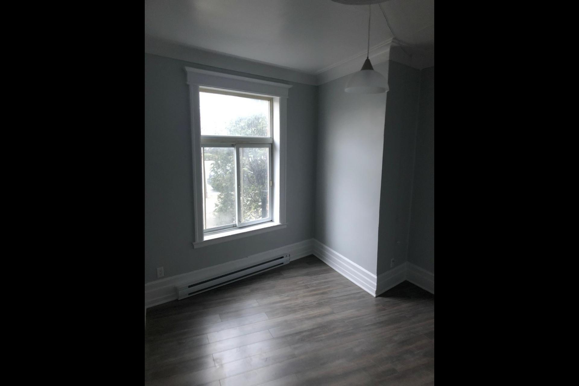 image 9 - Appartement À louer Montréal Le Plateau Mont-Royal - 4 pièces