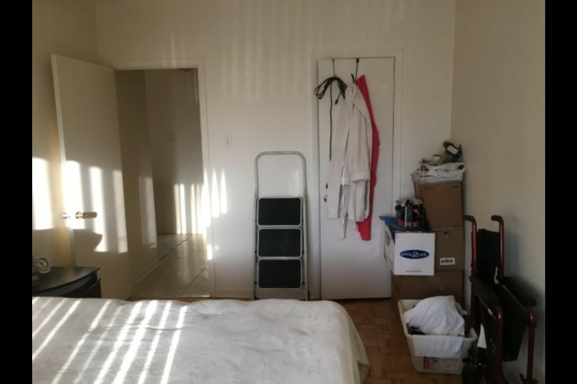 image 7 - Appartement À louer Montréal Saint-Leonard - 3 pièces