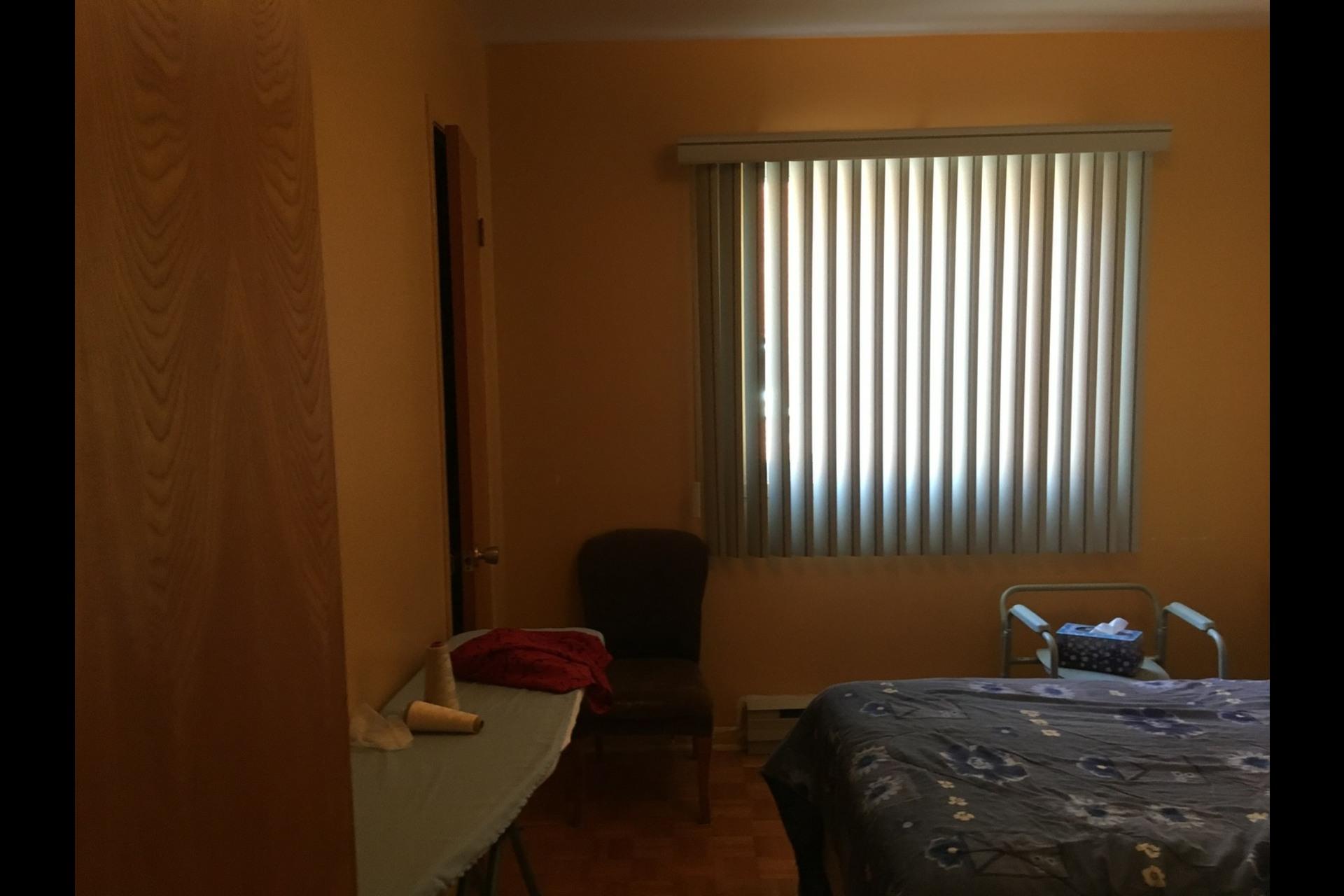 image 5 - Appartement À louer Montréal Montréal-Nord - 6 pièces