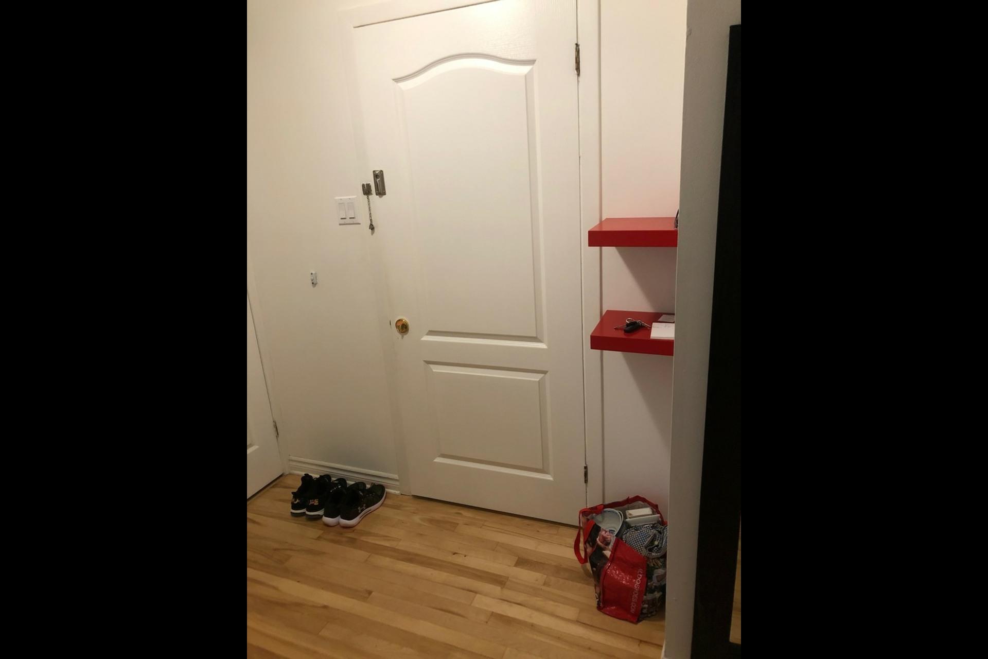 image 9 - Appartement À louer Montréal Montréal-Nord - 4 pièces