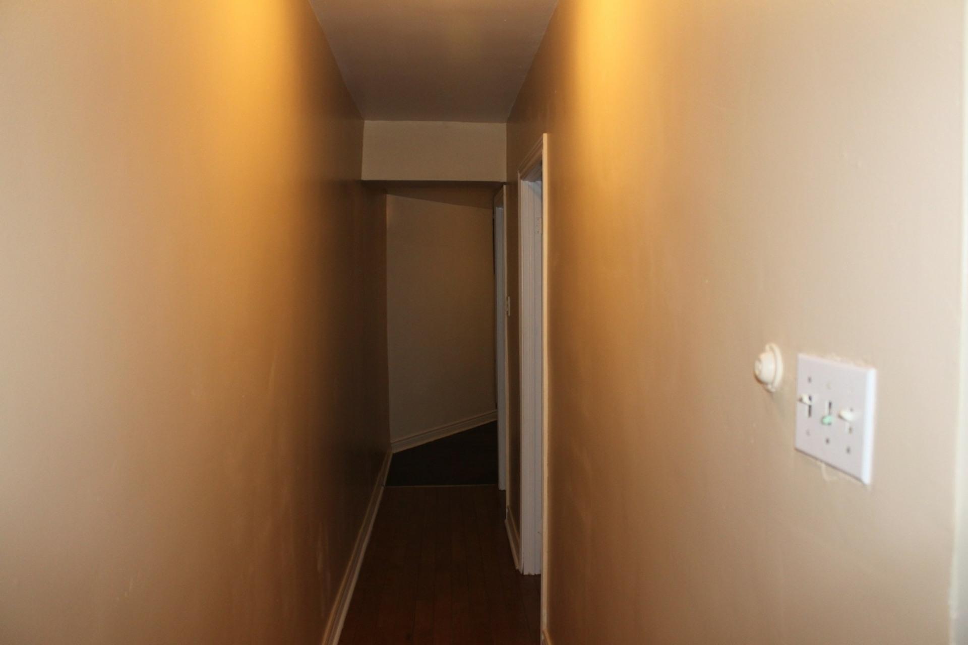 image 5 - Appartement À louer Montréal Tétreauville - 3 pièces