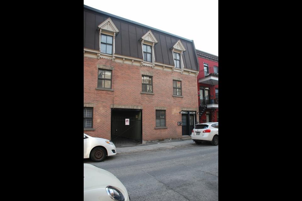 image 0 - Triplex À vendre Ville-Marie Montréal  - 3 pièces