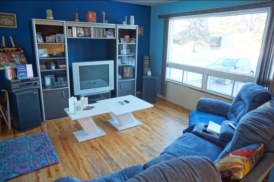 image 4 - Bungalow - For sale - Laval  (Vimont) - 10 rooms