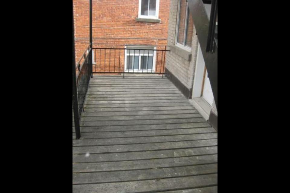 image 3 - Appartamento - In Affitto - Montréal  (Rosemont) - 3 stanze