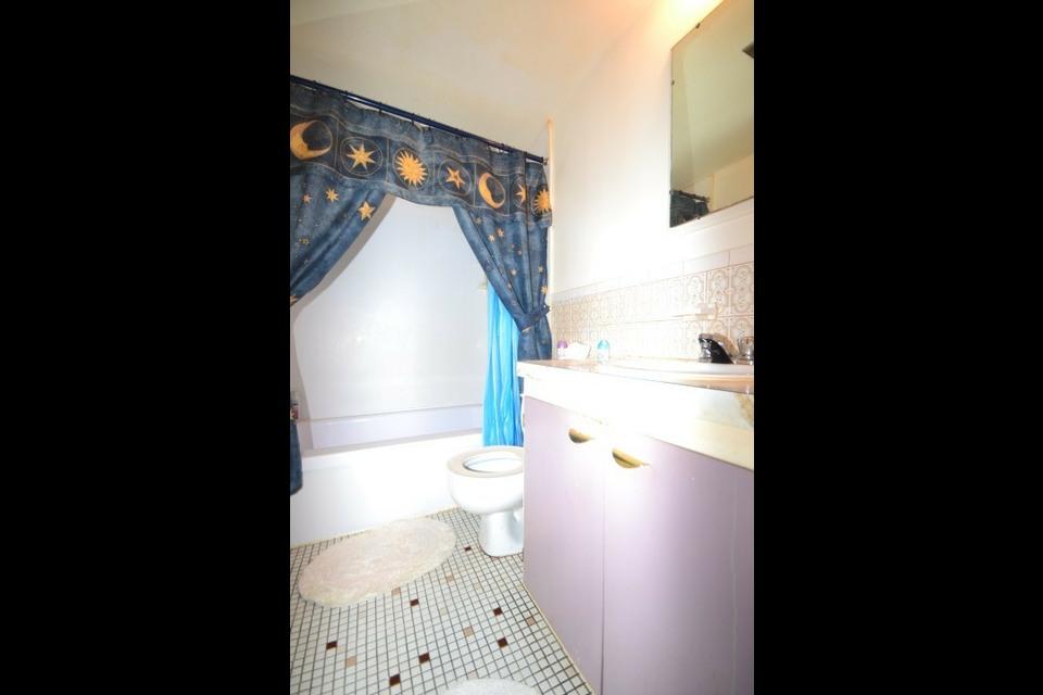 image 13 - Appartamento - In Affitto - Montréal  (Montréal-Nord) - 5 stanze