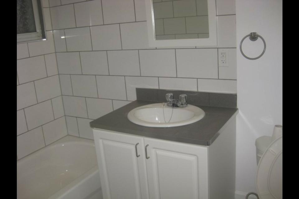 image 0 - Appartamento - In Affitto - Montréal  (Centre-Sud) - 4 stanze