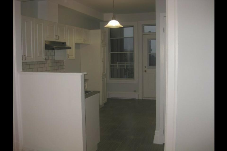 image 3 - Appartamento - In Affitto - Montréal  (Centre-Sud) - 4 stanze