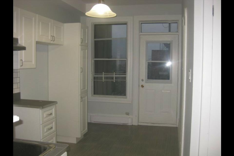 image 14 - Appartamento - In Affitto - Montréal  (Centre-Sud) - 4 stanze