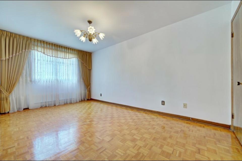 image 2 - Appartamento - In Affitto - Montréal  (Saint-Leonard) - 6 stanze