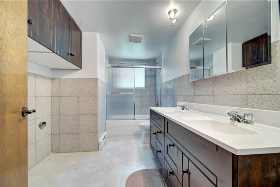 image 4 - Departamento - Para alquiler - Montréal  (Saint-Leonard) - 6 piezas
