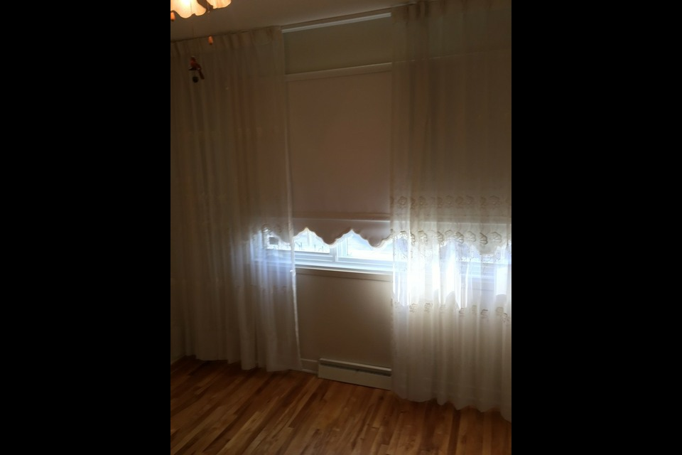 image 1 - House - For rent - Laval   - 6 rooms