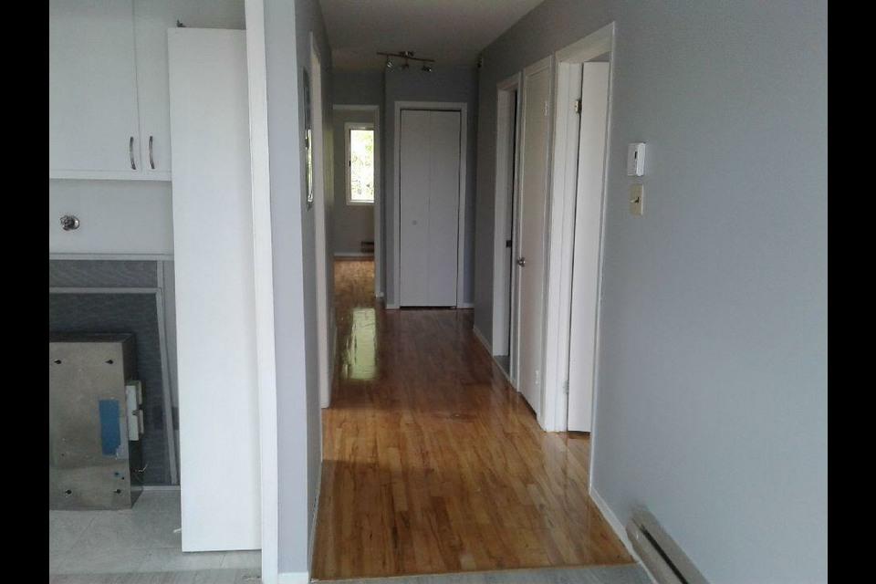 image 3 - Appartement - À louer - Montréal  (Montréal-Nord) - 5 pièces