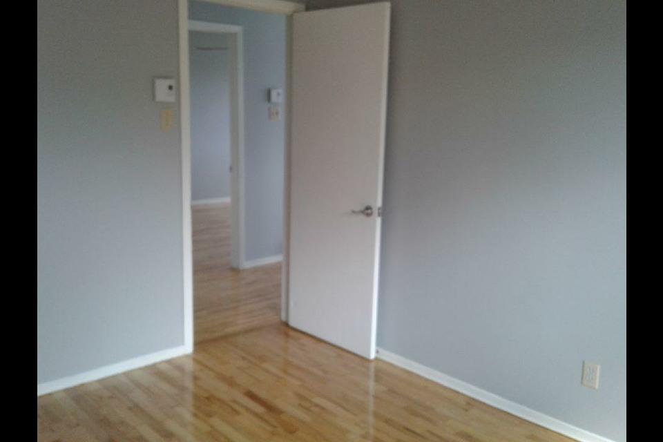 image 7 - Appartement - À louer - Montréal  (Montréal-Nord) - 5 pièces
