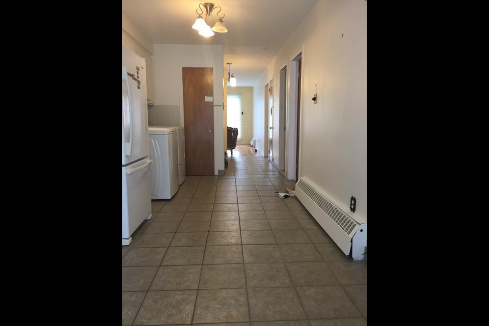 image 8 - Appartement - À louer - Montréal  (Saint-Leonard) - 4 pièces