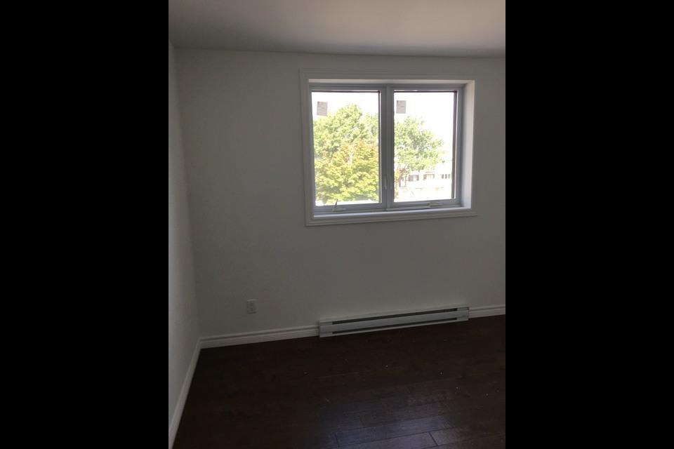 image 7 - Apartment - For rent - Montréal  (Rivière-des-Prairies) - 4 rooms