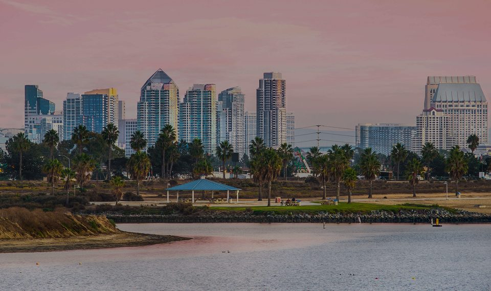 Mission Beach, the luxury real estate hotspot in San Diego - California, USA.